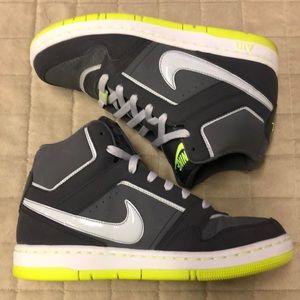 c81929f12d99 Nike Air Prestige 3 Gray Yellow High Tops